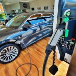 carros-eletricos-e-hibridos-estao-em-alta-no-brasil